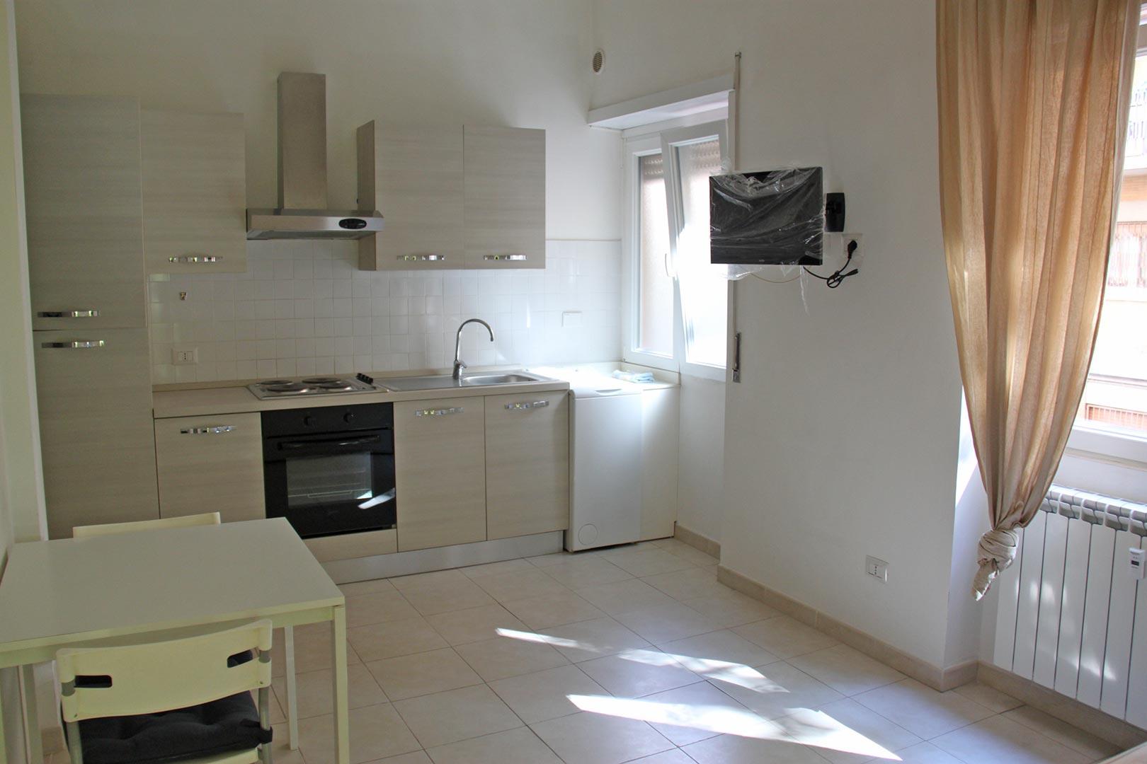 Affitto monolocale arredato balduina roma residenze for Monolocale arredato affitto